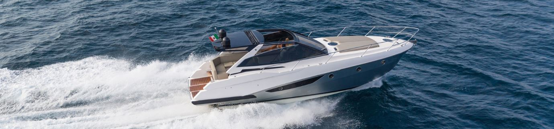 Motor yachts charter in France